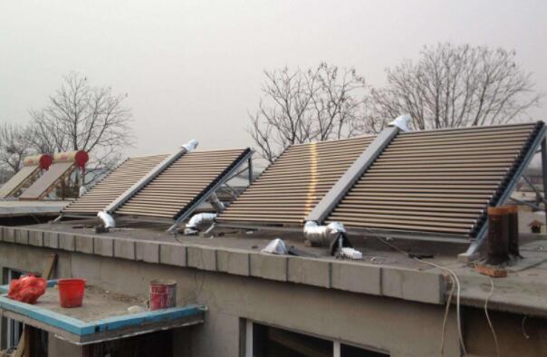 四种不同热源的供暖设备
